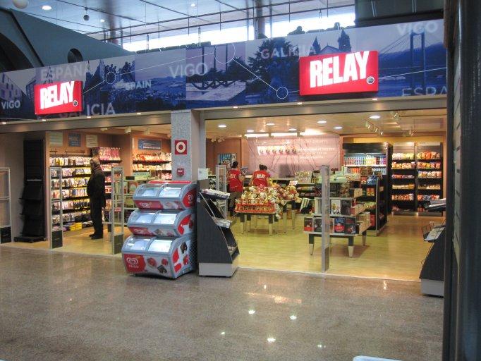 Aeropuerto de vigo blog aena licita 2 locales for Oficinas aena madrid
