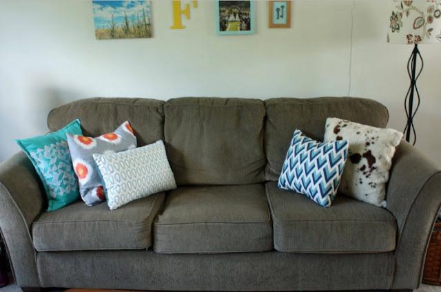 Sofa Minimalis Untuk Ruang Tamu Sederhana