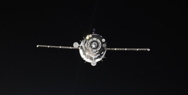 Soyuz MS spacecraft approaching ISS. Credit: Roscosmos–Oleg Novitsky