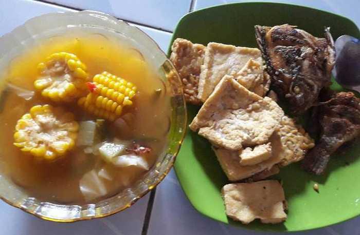 Sayur Asem Jakarta (cookpad.com)