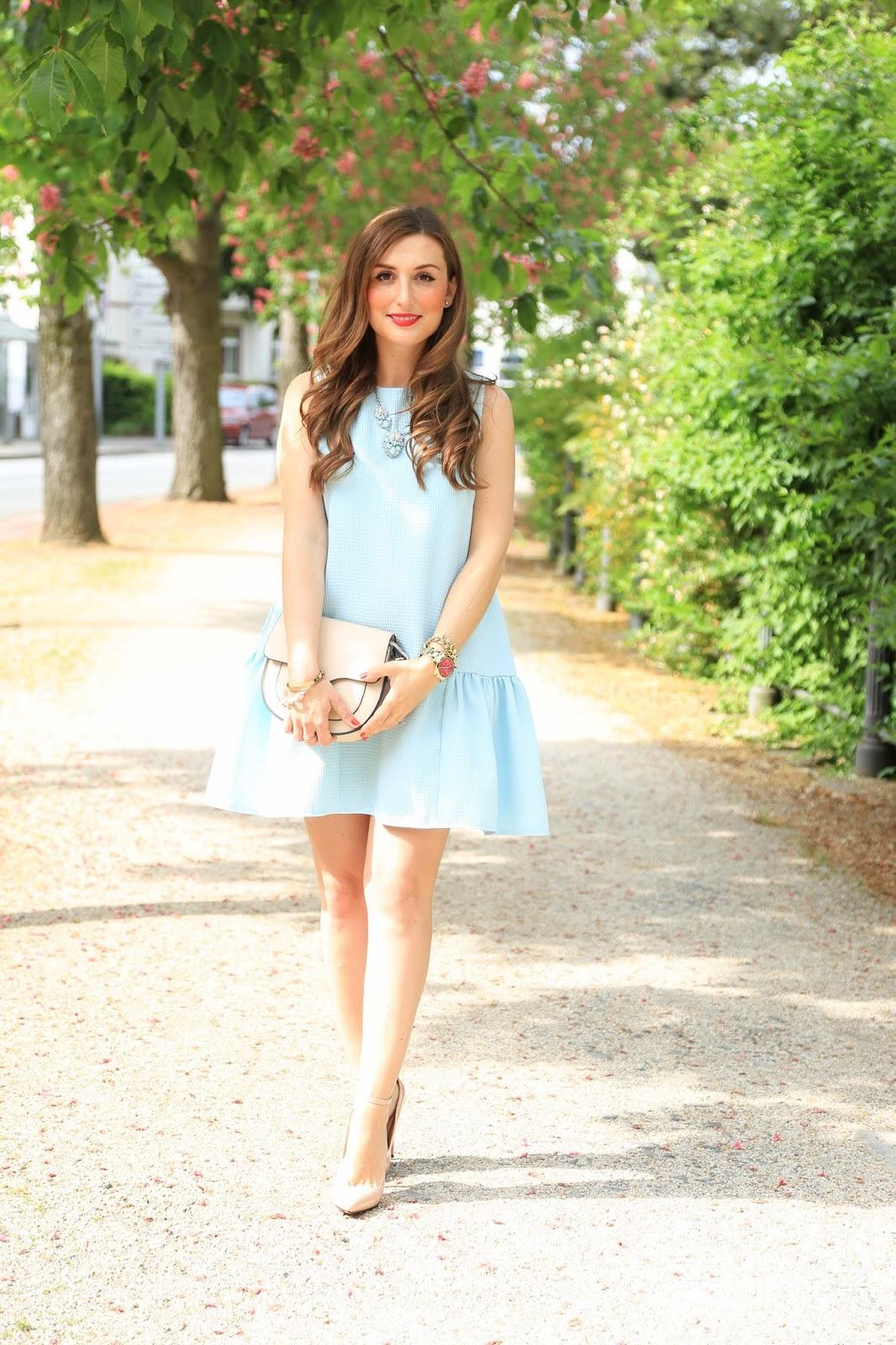 hell im Glanz auf Füßen Bilder von neu billig Lippenstift Modische Damenkleider – Hellblaues Kleid dhtsQr