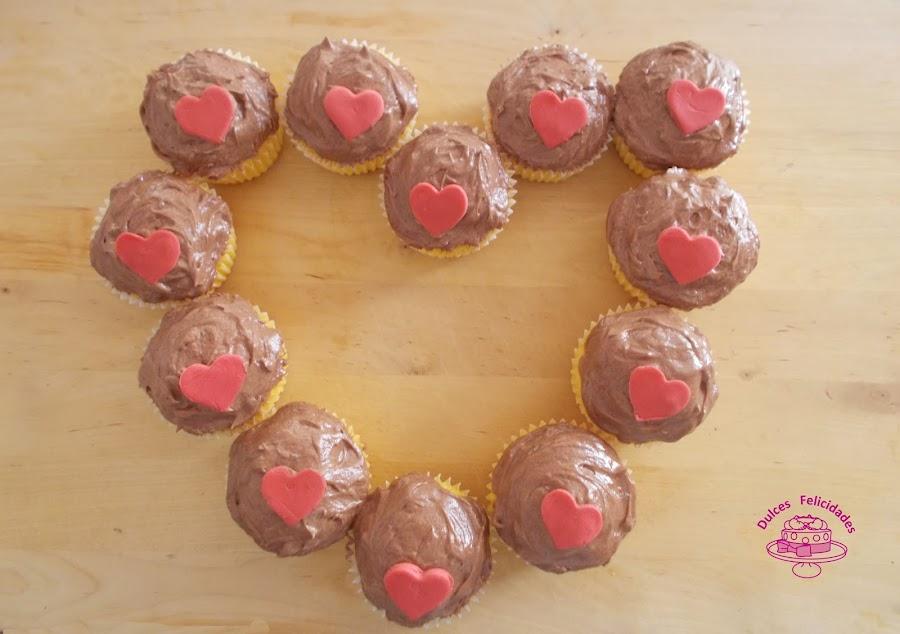 Corazón de cupcakes