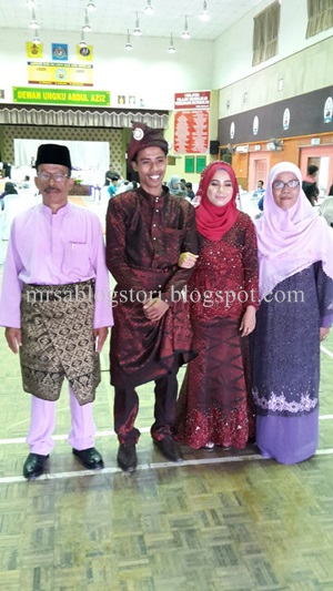 Mrs.A-pengantin-bersama-ayah-dan-ibunya-kakngah-ani