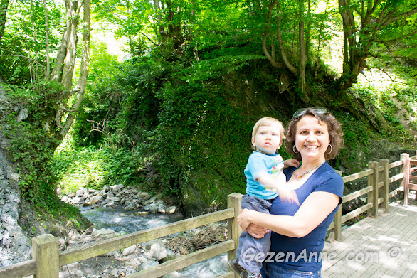 bebeğimle yeşil doğanın tadını çıkartırken, İstanbuldere Alabalık Evi