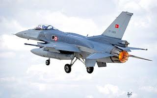 Συνελήφθη ο πιλότος του F-16 που προστάτευε το αεροπλάνο του Ερντογάν στο πραξικόπημα