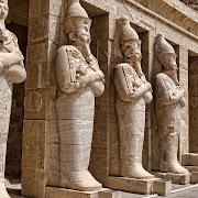 В Луксоре обнаружена гробница дренеегипетского торговца золотом