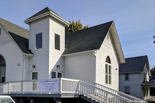 Dean and Mindy go east: Trinity Baptist Church, Clarkston, Washington