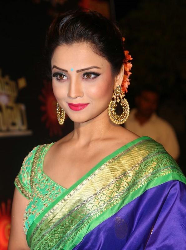 TV Serial Nagini fame Actress Adah Khan Red Carpet at