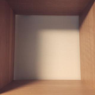 本棚 手放す スペース