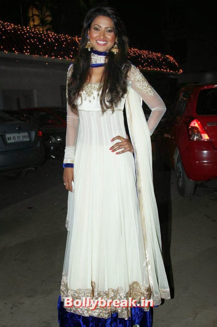 Nigaar Khan, Who Looked the Hottest at Raghav Sachar - Amita Pathak Wedding?