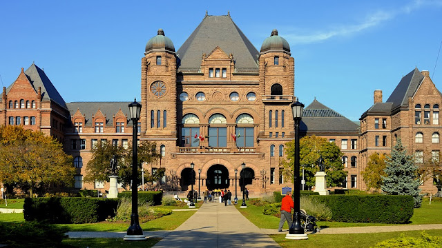 Ontario's Legislative Building emToronto
