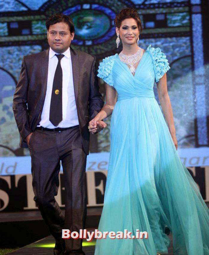 Gurleen Garewal, Aditi Rao, Shazahn, Rochelle at Retail Jeweller Indian Trendsetter 2014 Show