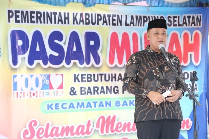 Plt Bupati  Lamsel Nanang Ermanto Buka Pasar Murah di Kecamatan Bakauheni.