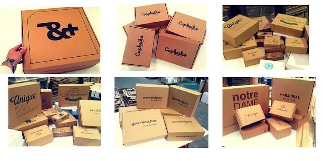 cajas automontables de diferentes tamaños.