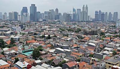 Faktor Pendorong dan Penarik Urbanisasi di Indonesia