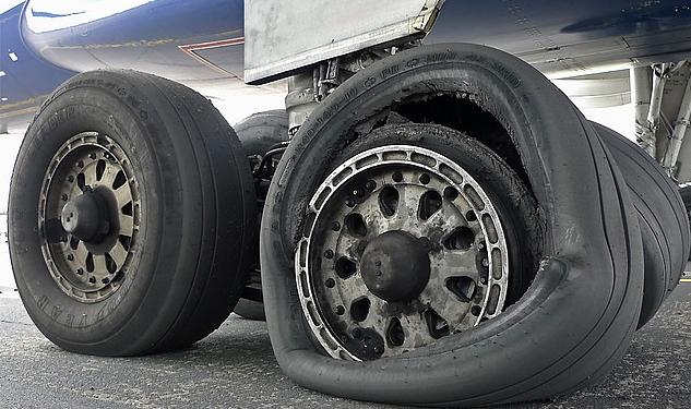 aero contractor tyre burst
