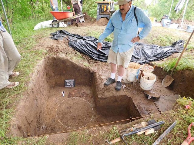 Fragments of cross erected by Spanish conquistador unearthed in Arkansas
