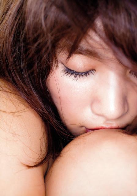 Ikumi Hisamatsu 久松郁実 La iku Photobook 08