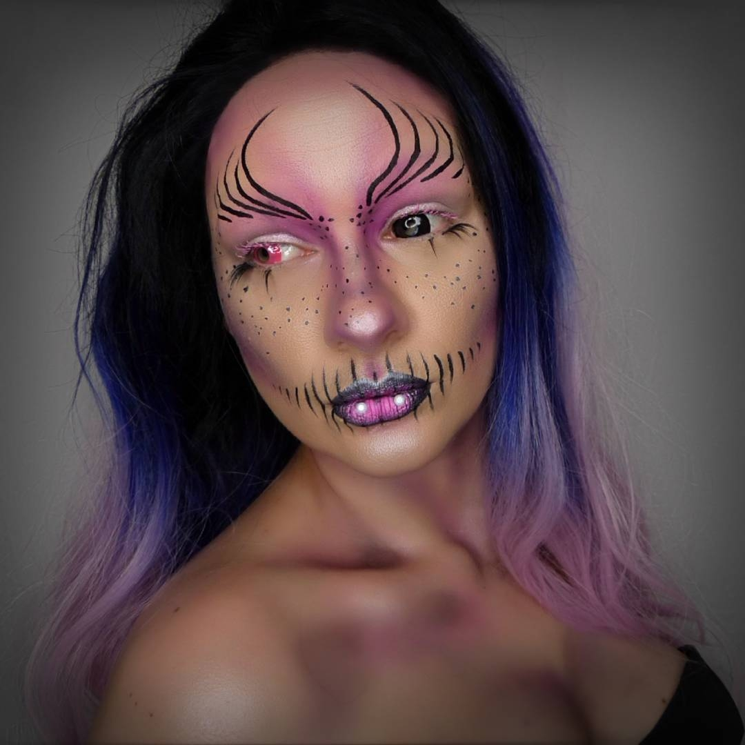 14-Vampire-Alien-Lola-von-Esche-Body-Painting-Transformations-with-Makeup-Applications-www-designstack-co
