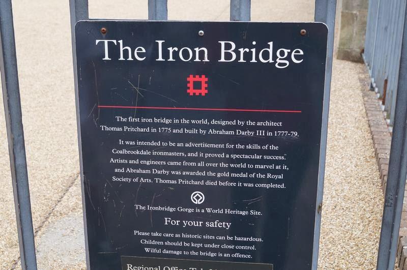 Iron bridge, Iron bridge gorge, puente de hierro, puente de hierro mas antiguo del mundo, cuna revolución industrial, origen revolucion industrial, rio Severn, severn river