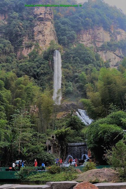 Waterfall, Baofeng Lake, Zhangjiajie, Hunan, China