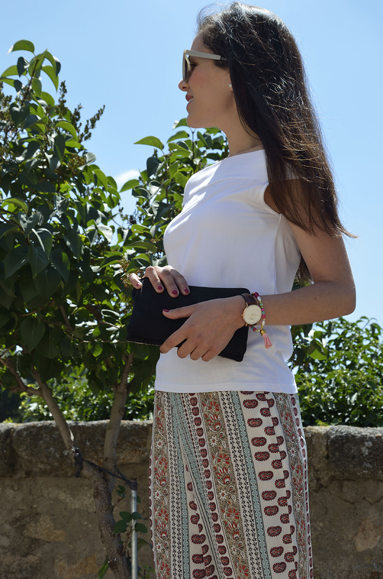 look-blogger-pantalón-cropped-estampado-off-shoulder-daniel-wellington