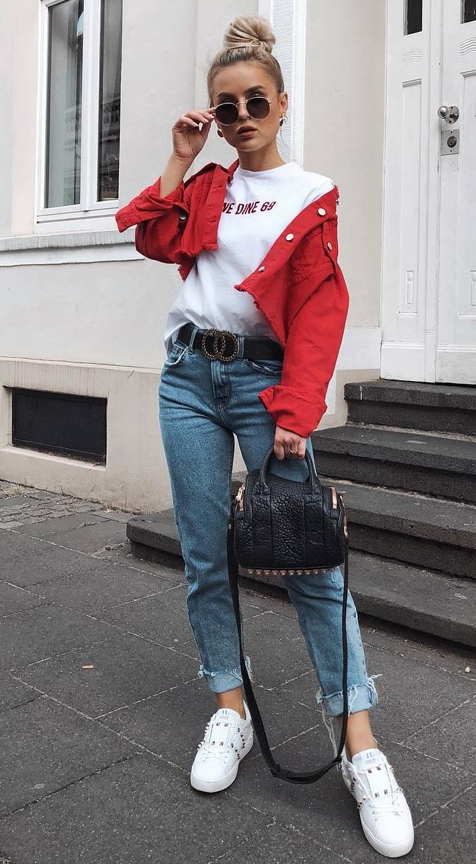 what to wear with a red jacket : white t-shirt + rips + bag + sneakers