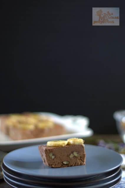 semifrio-plátano-chocolate-negro-nueces1