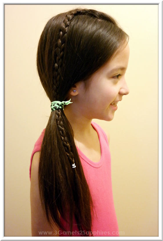 Easy #StraightAStyle hairstyle for back-to-school - Long braid with side pony