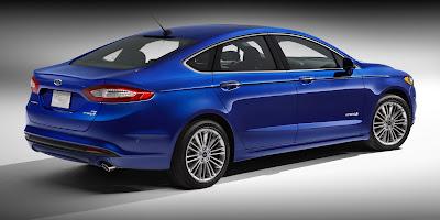 Smartwheels 2013 Ford Focus Hybrid Looks Like Baby Aston Martin