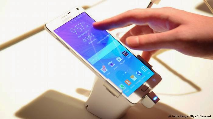 Samsung Galaxy Note Phablet atau Note 4. (Foto: Deutsche Welle).