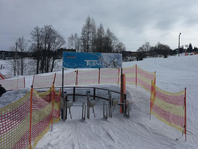 Wyciąg narciarski na stok Turnia przy stacja narciarska Olczań Ski w Bukowinie Tatrzańskiej