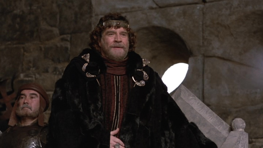 an analysis of the 1990 production of hamlet directed by franco zeffirelli Hamlet (franco zeffirelli, 1990) so, the big question was: mel mel gibson  hamlet zeffirelli was no slouch when directing shakespeare with the  and  fingers flailing it's a powerful performance--a radical interpretation,.