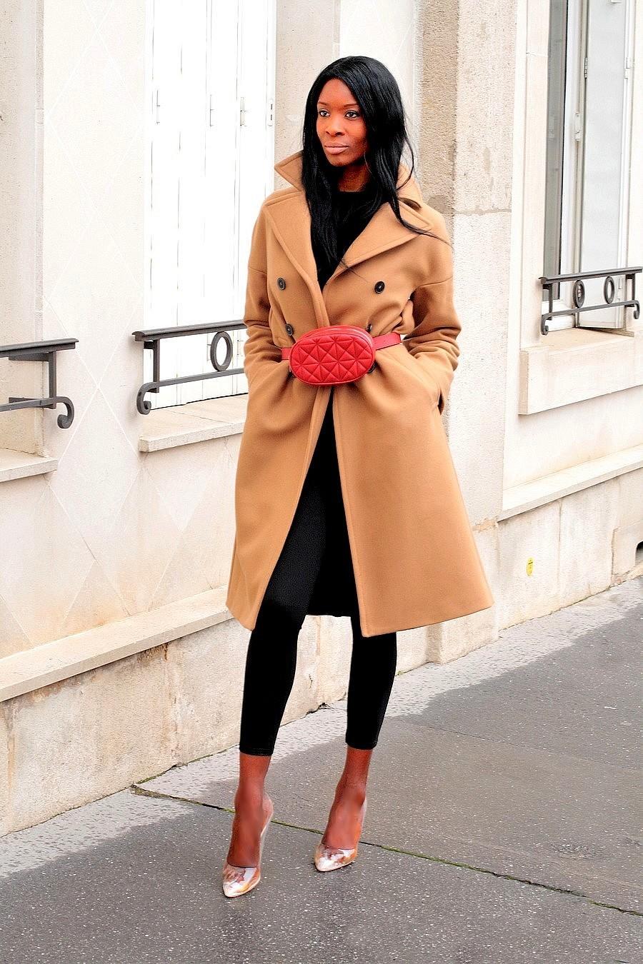 sac-ceinture-manteau-camel-escarpins-pvc