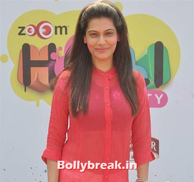 Payal Rohatgi, Sunny, Tanisha, Poonam & Kainaat at Zoom Holi Party 2014