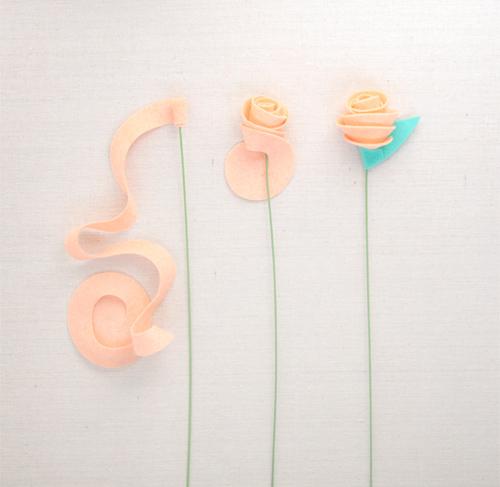 Felt Rose DIY // Benzie