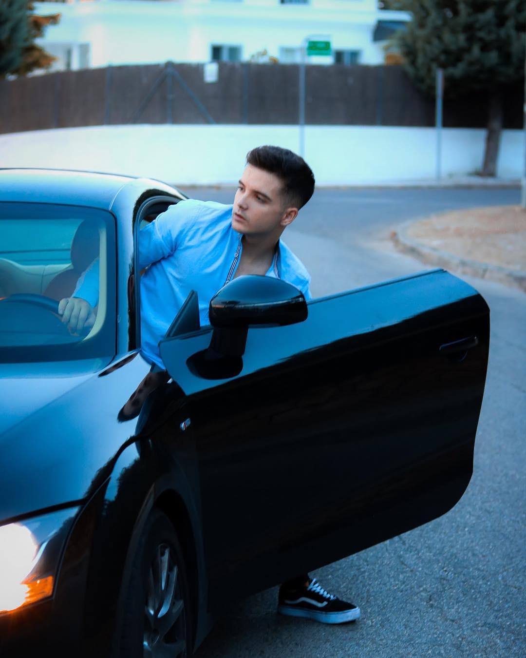 Reto: Andros propone a sus seguidores comprar un auto nuevo