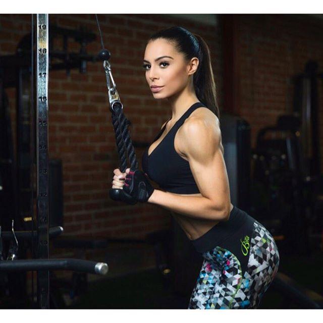 Fitness Model Sofia Jessica IFBB Bikini Pro @sofiaruusila Instagram photos