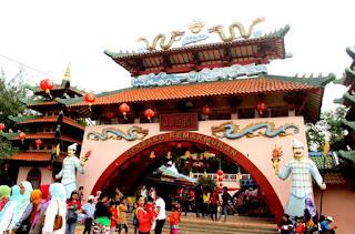 http://www.teluklove.com/2017/05/pesona-keindahan-wisata-kampung-china.html