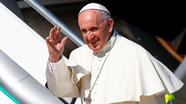 El avión del papa Francisco cambia su ruta a causa del huracán Irma