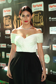 Amyra Dastur young Sex Bomb Transparent flower Dress & Deep neck Dress Sexy Cleavages at IIFA Utsavam Awards 2017