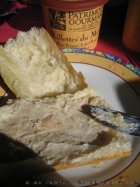 Rillendes und frisches Baguette