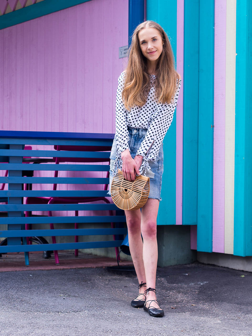denim-skirt-polka-dot-top-summer-outfit-fashion-blogger