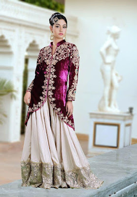This purple color frack mehndi dress is eternal and classic.