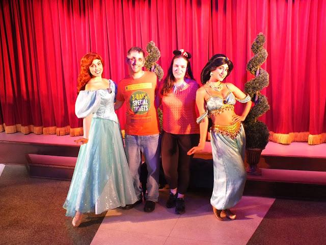 לפגוש נסיכות בדיסנילנד קליפורניה - יסמין