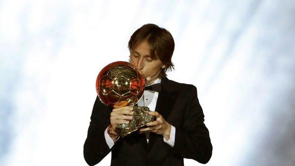 Luka Modric : le ballon d'or 2018 met un terme aux rumeurs