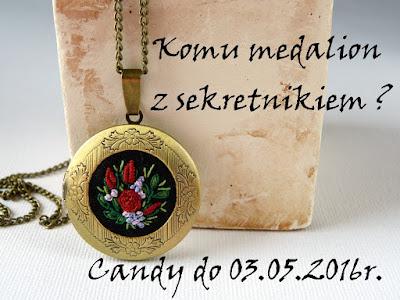 medalion z haftem, naszyjnik wyszywany, haftowana biżuteria, sekretnik vintage, biżuteria vintage, candy blogowe, rozdanie na blogu, giveaway,