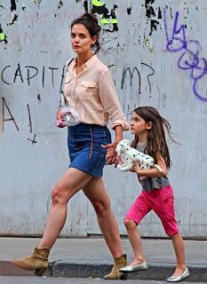 Katie Holmes con su hija