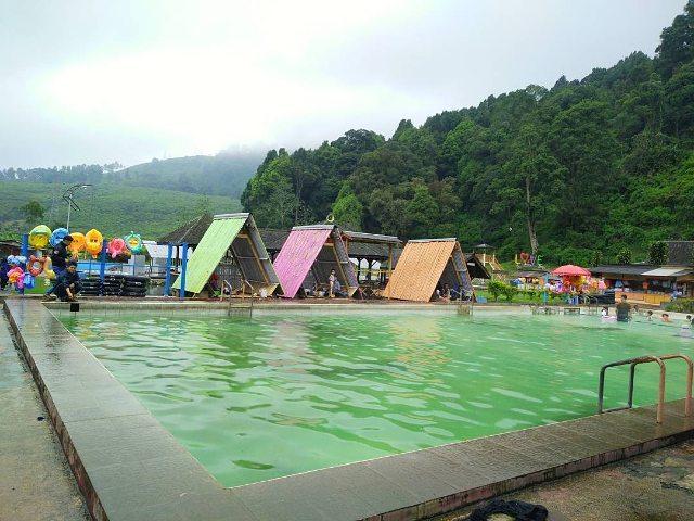 tempat-wisata-pangalengan-bandung-cibolanghotspring