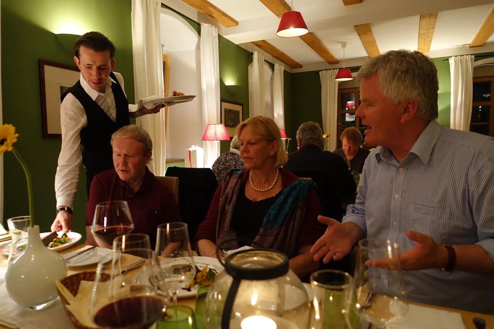 Proschwitz Weihnachtsmarkt.Schiller Wine Dining With Prinz Zur Lippe Owner Of Weingut Schloss